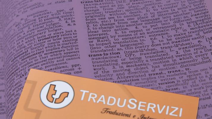 Traduzione asseverata di documenti necessari per la residenza in Italia